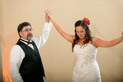 5587_d800_Theresa_and_Eric_Dream_Inn_Santa_Cruz_Wedding_Photography