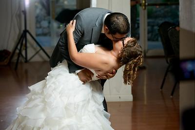 3368_d800_Rebekah_and_Anthony_Elliston_Vineyards_Sunol_Wedding_Photography