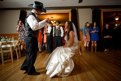 2168_d800a_Paige_and_Dwayne_Foresthill_Lodge_Wedding_Photography