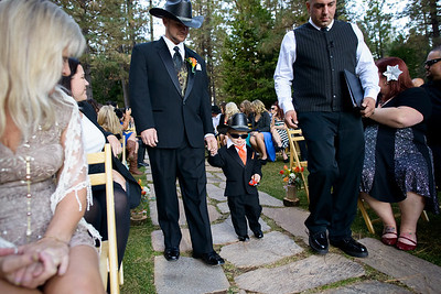 1934_d800a_Paige_and_Dwayne_Foresthill_Lodge_Wedding_Photography