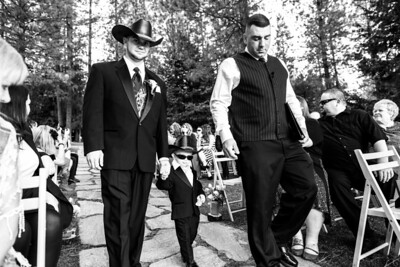 1935_d800a_Paige_and_Dwayne_Foresthill_Lodge_Wedding_Photography