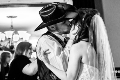 9251_d800b_Paige_and_Dwayne_Foresthill_Lodge_Wedding_Photography