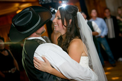 9253_d800b_Paige_and_Dwayne_Foresthill_Lodge_Wedding_Photography