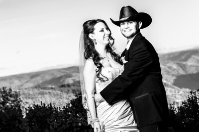 8755_d800b_Paige_and_Dwayne_Foresthill_Lodge_Wedding_Photography
