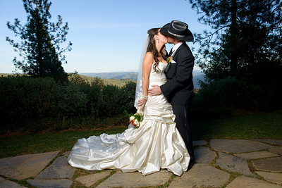 1983_d800a_Paige_and_Dwayne_Foresthill_Lodge_Wedding_Photography