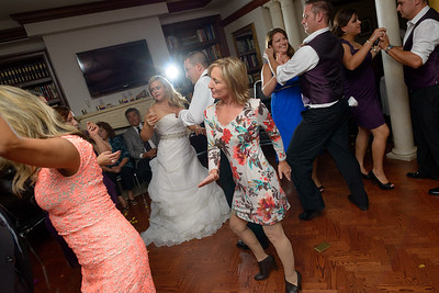 7266_d800b_Shannon_and_Sean_Swedenborgian_Church_Italian_Athletic_Club_San_Francisco_Wedding_Photography
