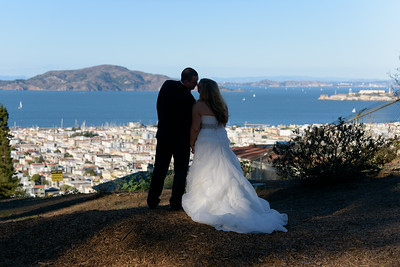 4023_d810a_Shannon_and_Sean_Swedenborgian_Church_Italian_Athletic_Club_San_Francisco_Wedding_Photography