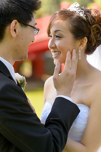 8918_D4_Vivan_and_Patrick_Five_Wounds_Church_and_Dynasty_Restaurant_San_Jose_Wedding_Photography_by_Sam_Fontejon