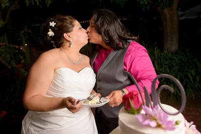 0800_d800a_Olivia_and_Melissa_San_Juan_Bautista_Jardines_de_San_Juan_Wedding_Photography
