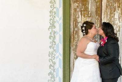 9324_d800b_Olivia_and_Melissa_San_Juan_Bautista_Jardines_de_San_Juan_Wedding_Photography