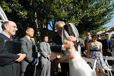 5585_d3_Kim_and_John_La_Mirada_Museum_of_Art_Monterey_Wedding_Photography