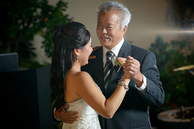 7556_d800_Kim_and_John_La_Mirada_Museum_of_Art_Monterey_Wedding_Photography