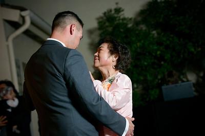 7583_d800_Kim_and_John_La_Mirada_Museum_of_Art_Monterey_Wedding_Photography