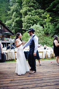 4368-d700_Erin_and_Justin_Laurel_Mill_Lodge_Los_Gatos_Wedding_Photography