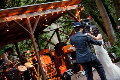 9347-d3_Erin_and_Justin_Laurel_Mill_Lodge_Los_Gatos_Wedding_Photography