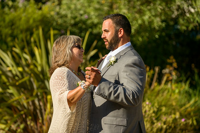 0987_d800b_Stevie_and_Angelo_Los_Laureles_Lodge_Carmel_Valley_Wedding_Photography