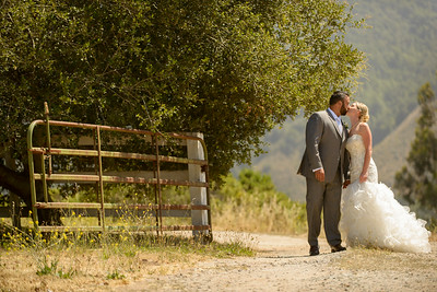 0217_d800b_Stevie_and_Angelo_Los_Laureles_Lodge_Carmel_Valley_Wedding_Photography