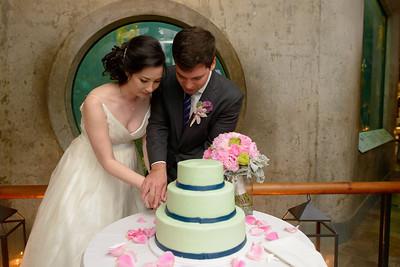 9816_d800b_Jamie_and_Jake_Monterey_Bay_Aquarium_Wedding_Photography