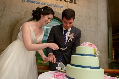 9822_d800b_Jamie_and_Jake_Monterey_Bay_Aquarium_Wedding_Photography