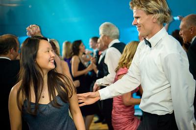 2725_d800_Kirsten_and_Bob_Monterey_Bay_Aquarium_Wedding_Photography