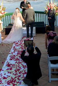 9849_d800_Marianne_and_Mike_Monterey_Plaza_Hotel_Wedding_Photography