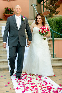 9815_d800_Marianne_and_Mike_Monterey_Plaza_Hotel_Wedding_Photography