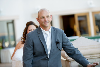 9542_d800_Marianne_and_Mike_Monterey_Plaza_Hotel_Wedding_Photography