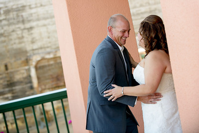 9583_d800_Marianne_and_Mike_Monterey_Plaza_Hotel_Wedding_Photography