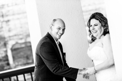 9584_d800_Marianne_and_Mike_Monterey_Plaza_Hotel_Wedding_Photography