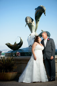 0007_d800_Marianne_and_Mike_Monterey_Plaza_Hotel_Wedding_Photography