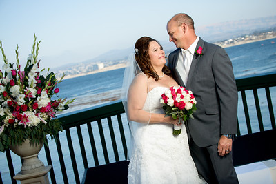 9991_d800_Marianne_and_Mike_Monterey_Plaza_Hotel_Wedding_Photography