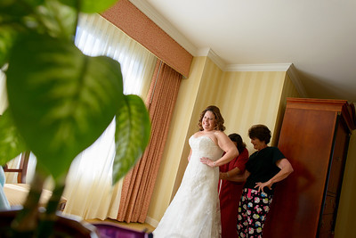 9373_d800_Marianne_and_Mike_Monterey_Plaza_Hotel_Wedding_Photography