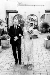 1949_d800_Kelsey_and_Michael_North_Block_Hotel_Yountville_Wedding_Photography