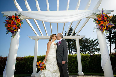 8740_d800_Kristi_and_Derek_Oceano_Hotel_Half_Moon_Bay_Wedding_Photography-2