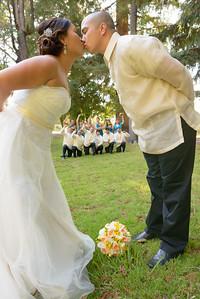 2056_d800b_Evelyn_and_Lon_Palmdale_Estates_Fremont_Wedding_Photography