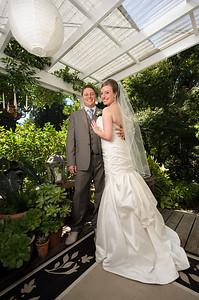 0416-d700_Lauren_and_Graham_Santa_Cruz_Wedding_Photography
