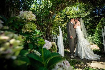 0422-d700_Lauren_and_Graham_Santa_Cruz_Wedding_Photography