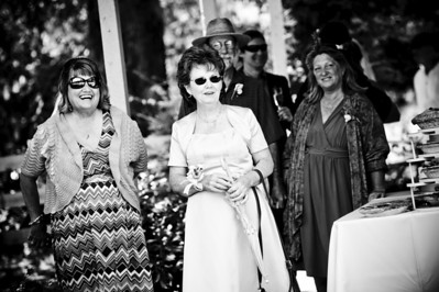 6448-d700_Laura_and_Kaylen_Santa_Cruz_Wedding_Photography