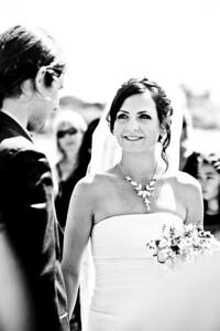 6065-d700_Laura_and_Kaylen_Santa_Cruz_Wedding_Photography