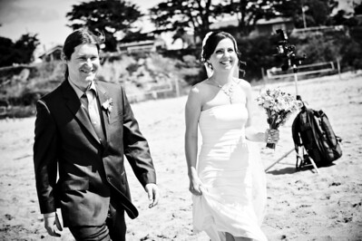 6054-d700_Laura_and_Kaylen_Santa_Cruz_Wedding_Photography