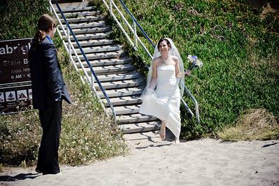 6020-d700_Laura_and_Kaylen_Santa_Cruz_Wedding_Photography