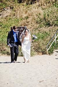 6031-d700_Laura_and_Kaylen_Santa_Cruz_Wedding_Photography