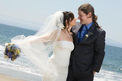 6246-d700_Laura_and_Kaylen_Santa_Cruz_Wedding_Photography