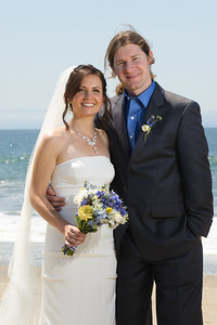 6237-d700_Laura_and_Kaylen_Santa_Cruz_Wedding_Photography