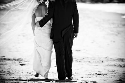 6253-d700_Laura_and_Kaylen_Santa_Cruz_Wedding_Photography