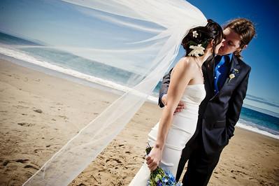 3946-d3_Laura_and_Kaylen_Santa_Cruz_Wedding_Photography