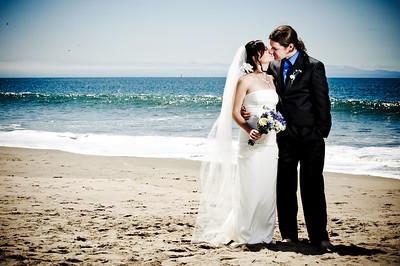 6243-d700_Laura_and_Kaylen_Santa_Cruz_Wedding_Photography