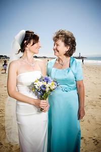 3841-d3_Laura_and_Kaylen_Santa_Cruz_Wedding_Photography