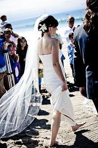 6056-d700_Laura_and_Kaylen_Santa_Cruz_Wedding_Photography