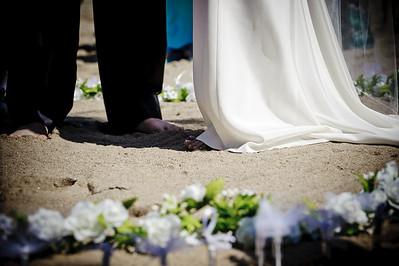 6087-d700_Laura_and_Kaylen_Santa_Cruz_Wedding_Photography